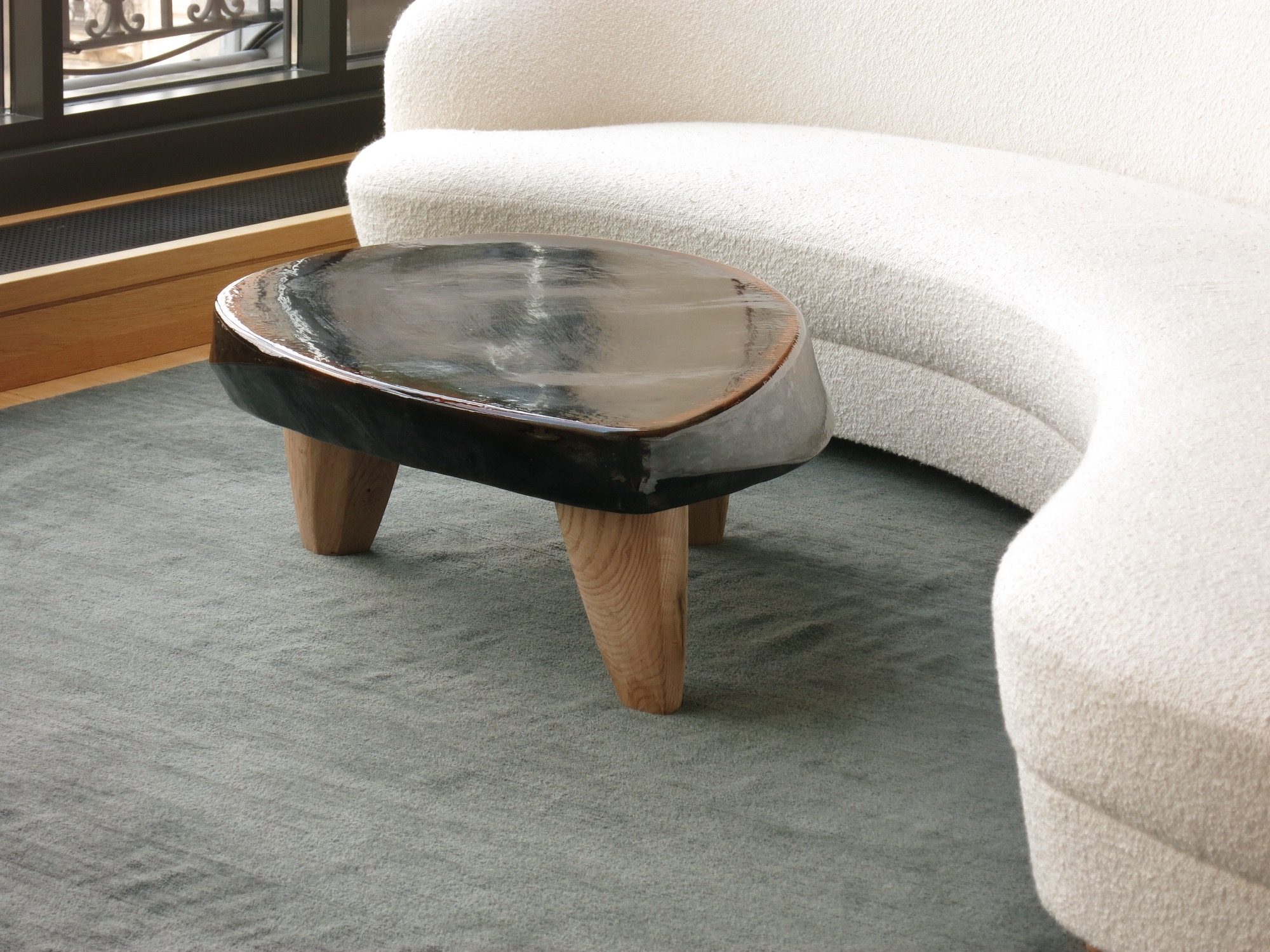 Table basse pierre eloi bris for Decoration ceramique salon